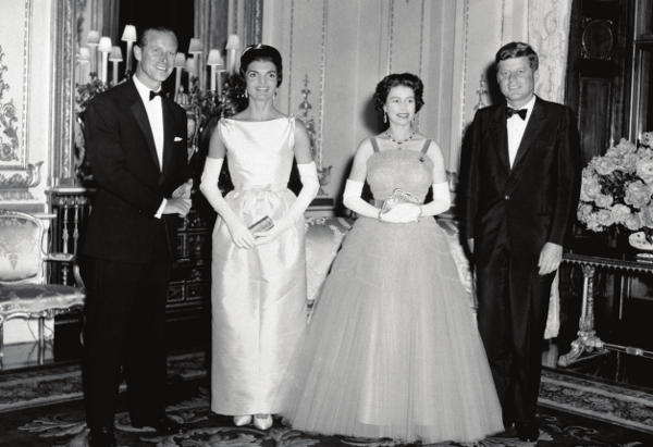 The Queen and The Duke of edinburgh with president John F. Kennedy and his wife Jacqueline, buckingham Palace, 5 june 1961 CREDIT: (c) Press Association