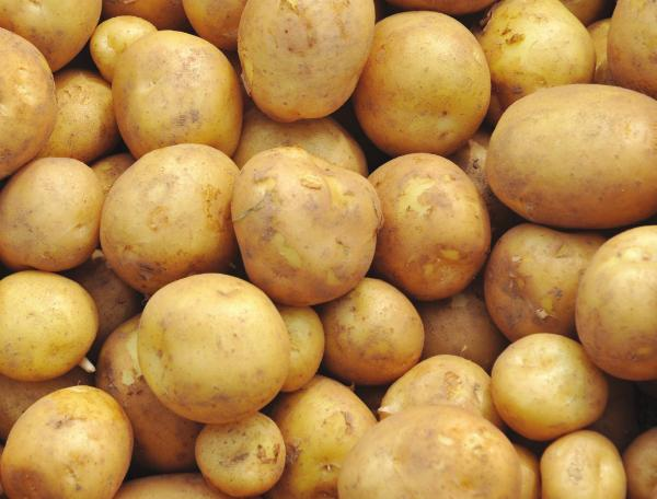 Could Potatoes Tomatoes and Saffron Help Fight Disease?